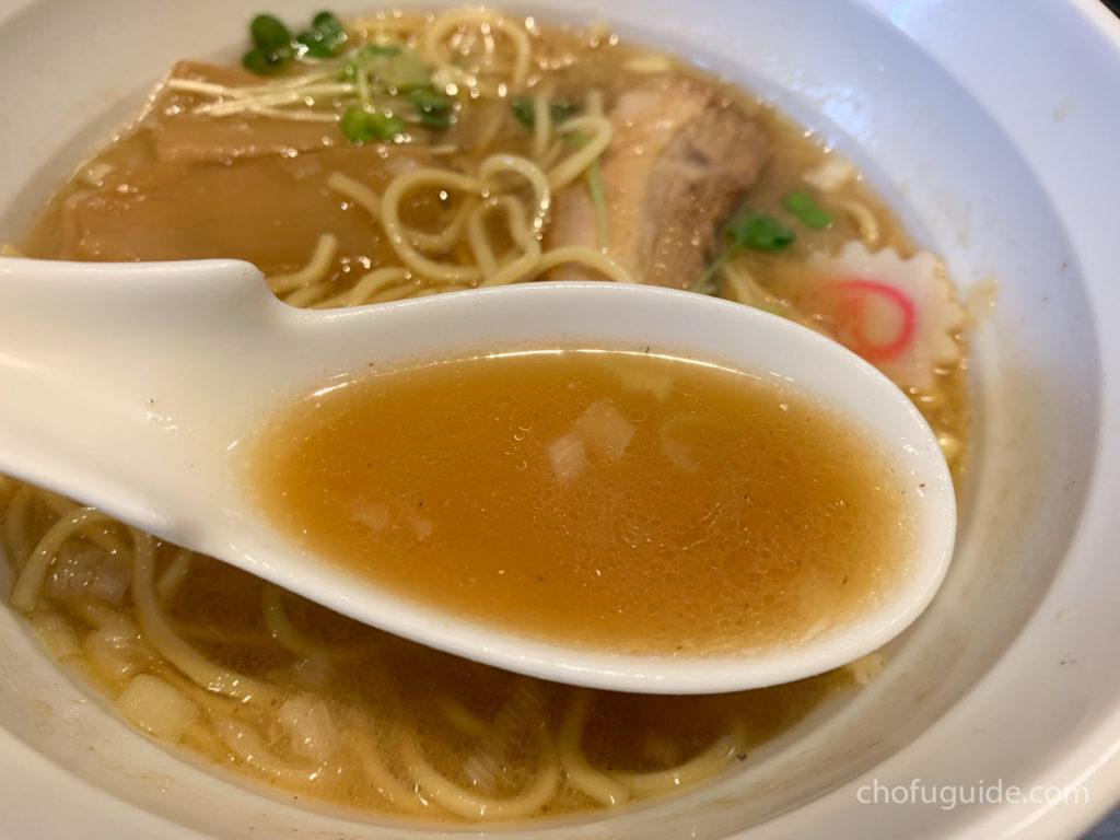 ダシの効いたさっぱり系醤油スープ
