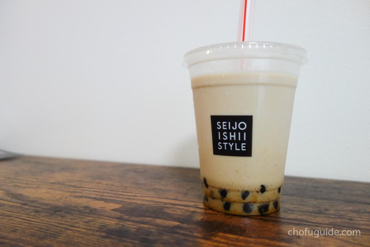 【意外と穴場】『成城石井 スタイル デリ&カフェ トリエ京王調布店』のタピオカ黒糖ミルクティーが美味しい!まとめ