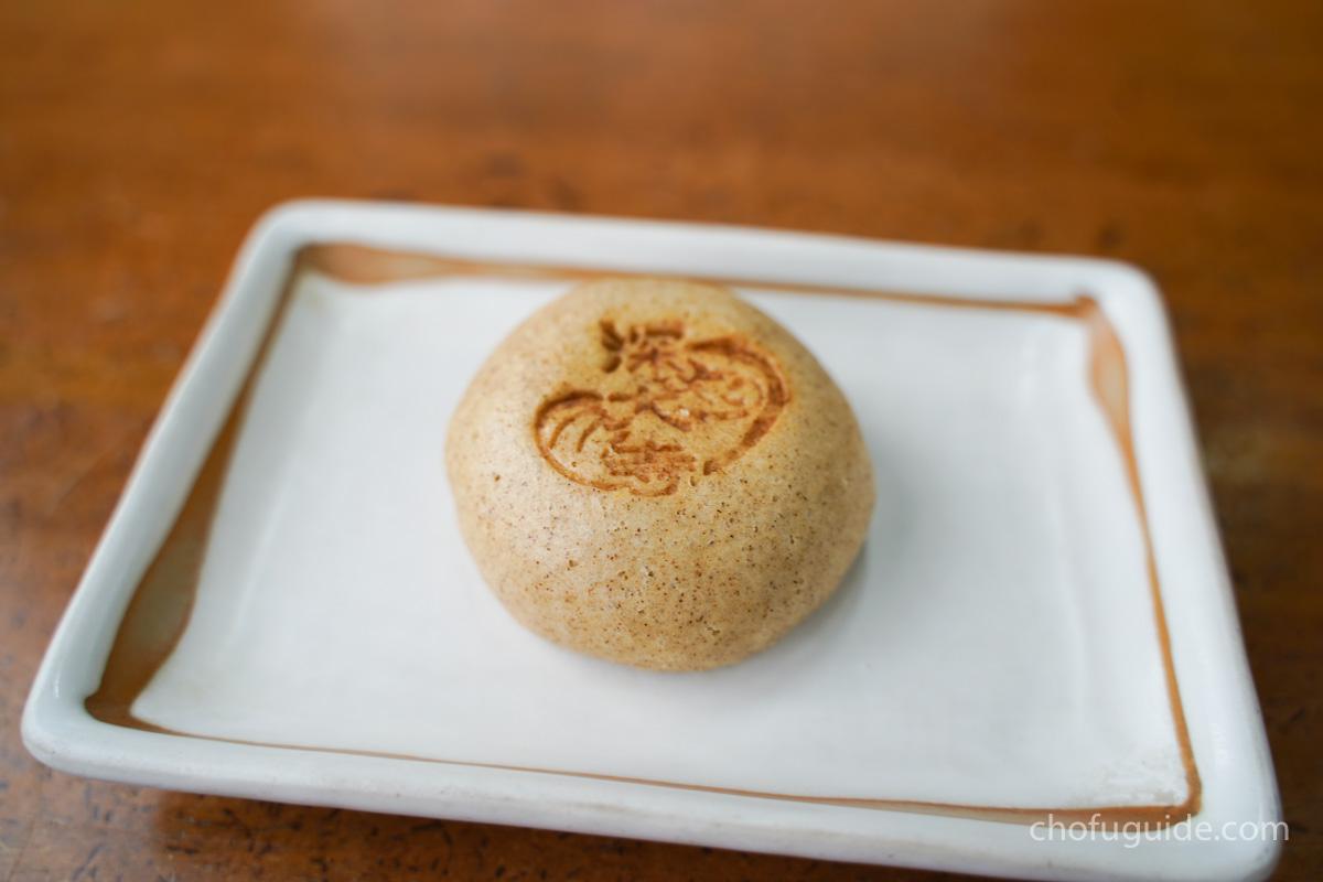 『そば饅頭』1個100円
