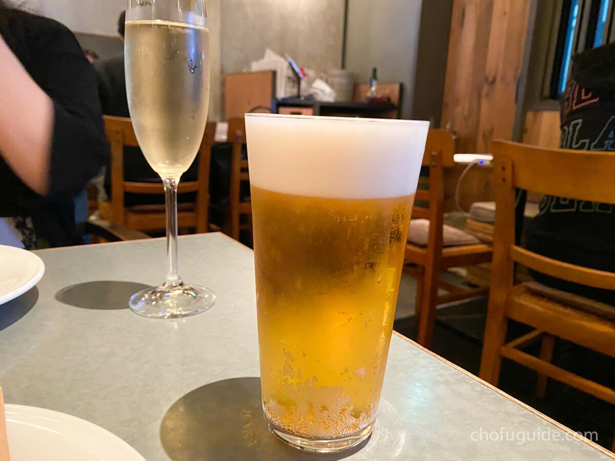 お店で飲む1杯目のビール!
