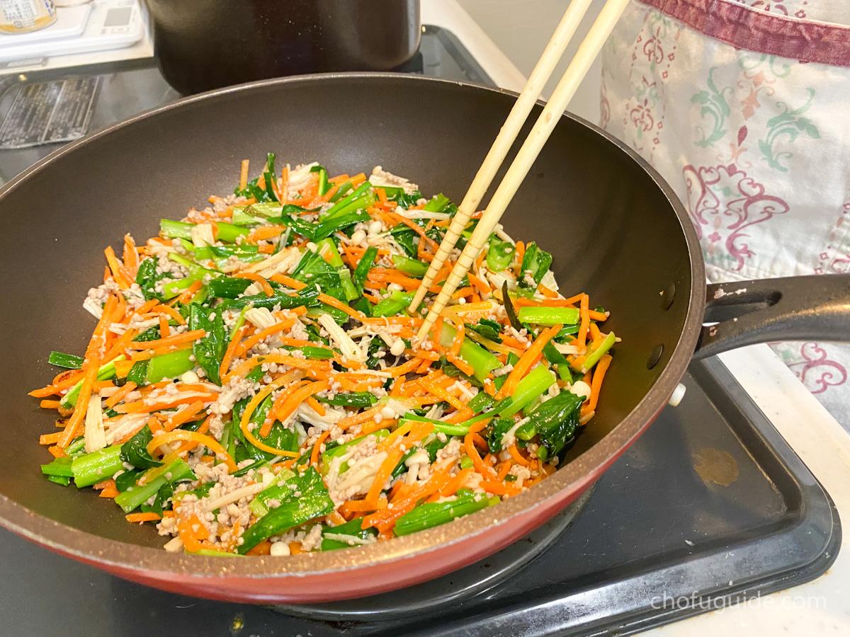 野菜を炒めるだけ